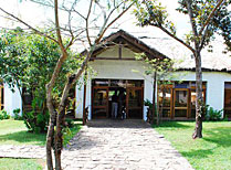 Indri Lodge
