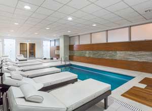 Wyndham Costa del Sol Lima airport pool