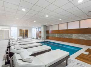 Wyndham Costa del Sol airport pool