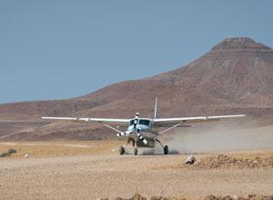 Light aircraft transfer
